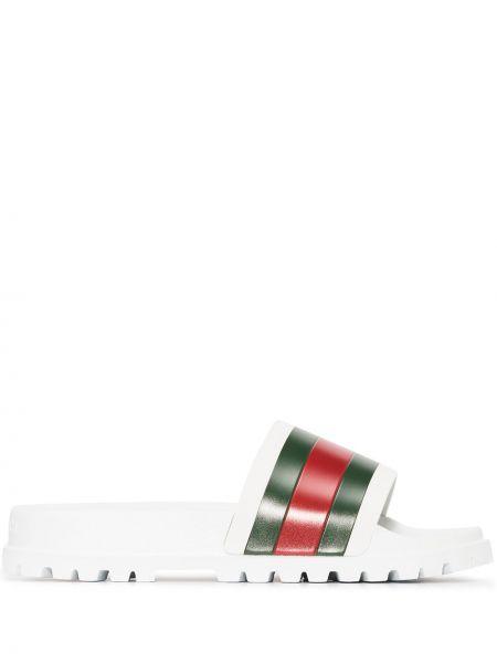 Biały klapki z paskami Gucci