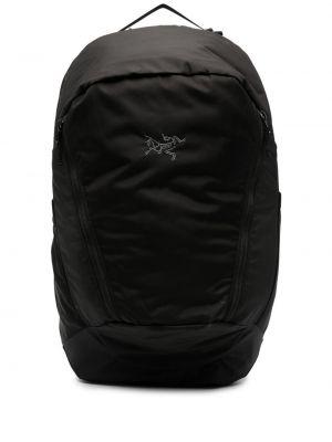 Czarny plecak z haftem z nylonu Arcteryx