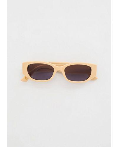 Бежевые солнцезащитные очки Mango