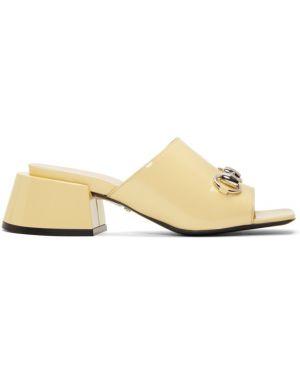 Сандалии бежевые на каблуке Gucci