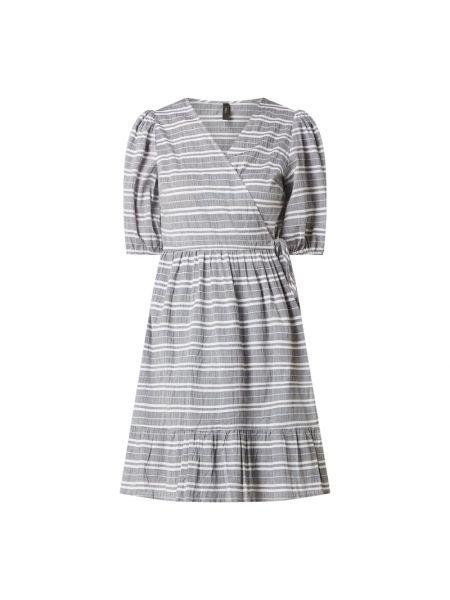 Sukienka rozkloszowana z falbanami w paski Y.a.s