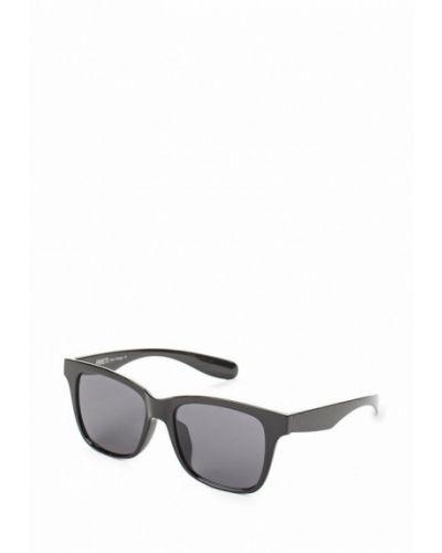 Солнцезащитные очки вайфареры Fabretti