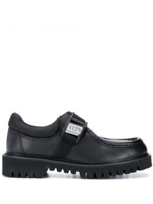 Czarne loafers skorzane klamry Valentino