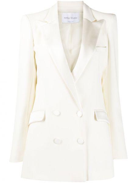С рукавами бежевая прямая длинная куртка с карманами Hebe Studio