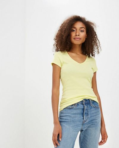 Желтая футболка твое
