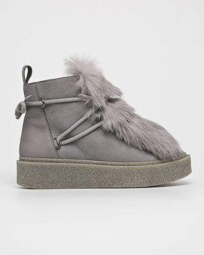 Кожаные сапоги на каблуке текстильные Gino Rossi
