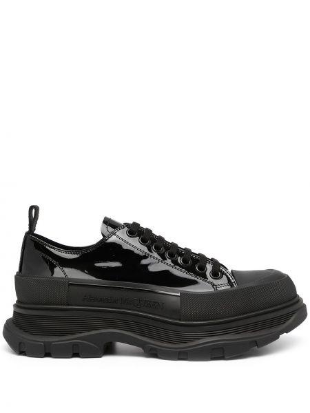 Черные кроссовки на шнуровке Alexander Mcqueen