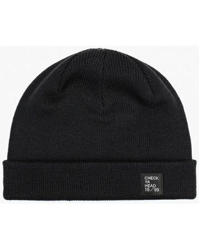 Черная шапка осенняя Check Ya Head