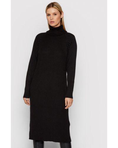 Czarna sukienka dzianinowa Y.a.s
