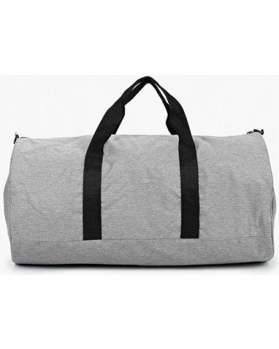 Спортивная сумка нейлоновая серая Piazza Italia