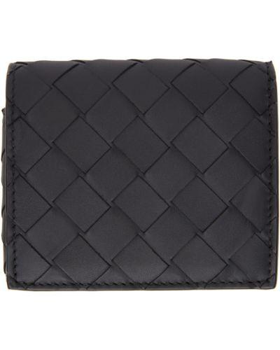 Черный кошелек с карманами с тиснением Bottega Veneta