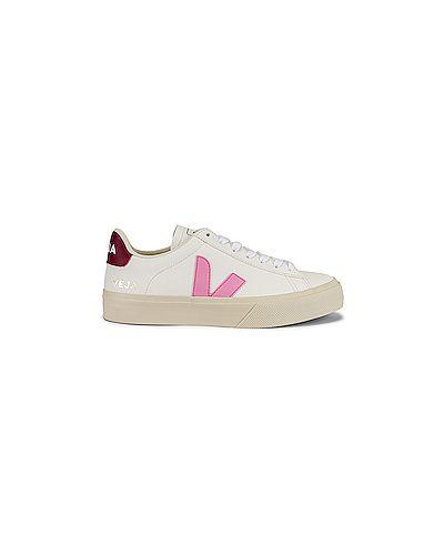 Замшевые белые кожаные кроссовки на шнуровке на каблуке Veja
