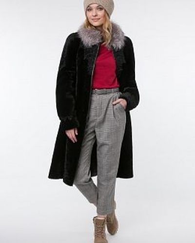 Кожаное черное пальто с воротником каляев