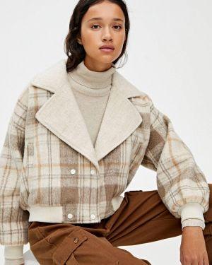 Пальто демисезонное бежевое Pull&bear