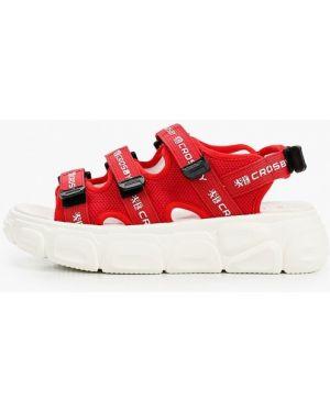 Текстильные красные сандалии Crosby