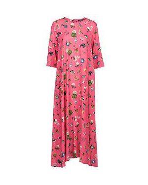 Розовое платье с капюшоном для офиса Via Torriani 88