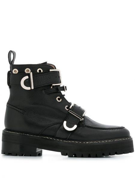Кожаные черные ботильоны на шнуровке с пряжкой Alexa Chung