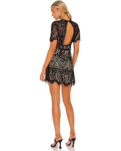 Кружевное черное платье с открытой спиной Saylor