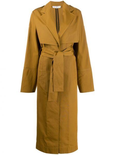 С рукавами коричневое пальто с поясом с кокеткой Victoria Beckham