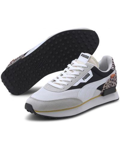 Черные текстильные кроссовки сетчатые с надписью Puma