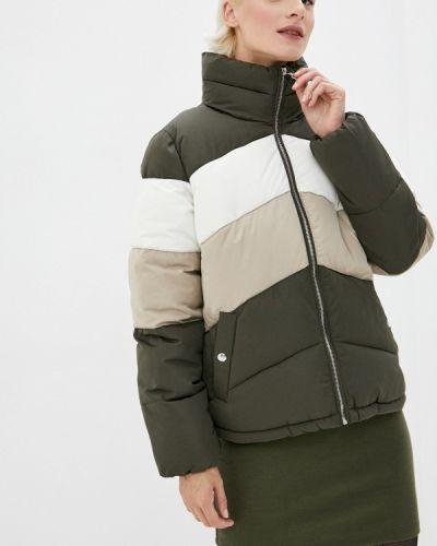 Теплая зеленая утепленная куртка Befree