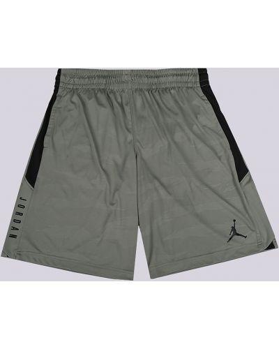 Зеленые шорты Jordan