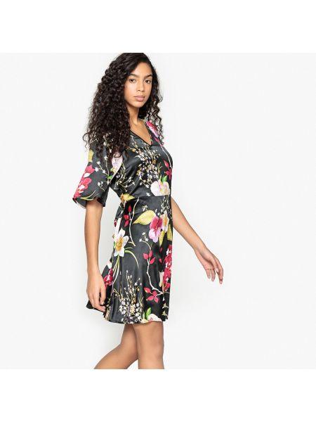 Платье мини с цветочным принтом с V-образным вырезом Vero Moda
