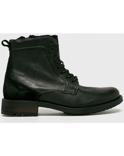 Кожаные ботинки высокие черные Mustang