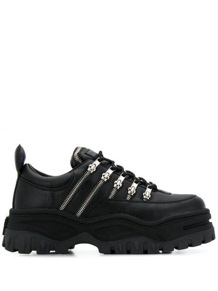 Skórzane sneakersy sznurowane maszerować Eytys