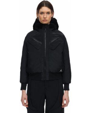 Нейлоновая куртка с капюшоном мятная двусторонняя с манжетами Nike