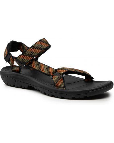 Zielone sandały na lato Teva