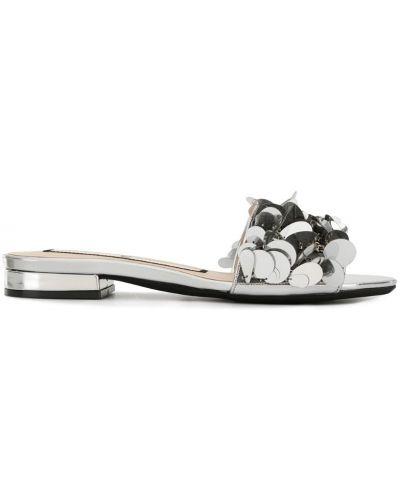 Сандалии на каблуке с пайетками N21