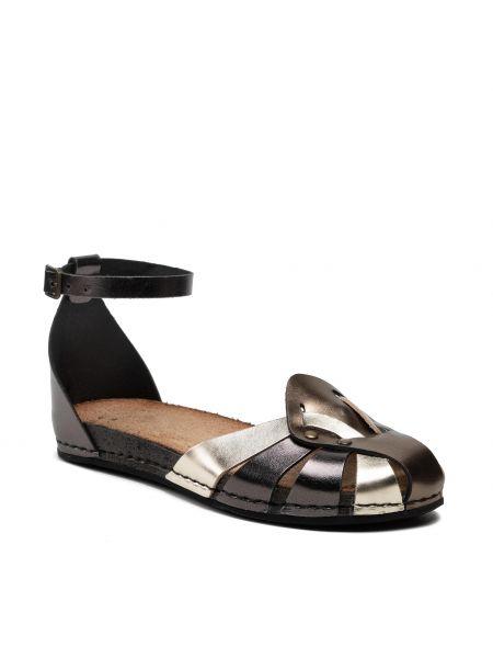 Czarne złote sandały Maciejka