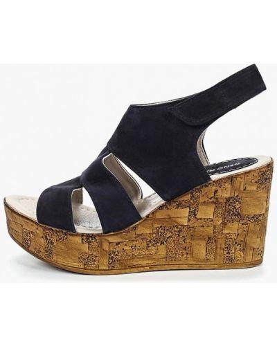 Босоножки на каблуке кожаные Dino Ricci
