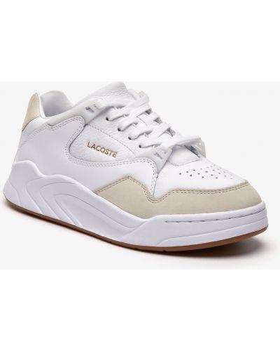 Белые кроссовки с перфорацией со вставками из нубука Lacoste
