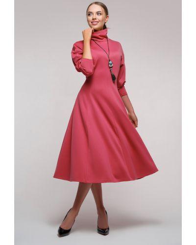 Приталенное с рукавами трикотажное платье Петербургский Швейный Дом
