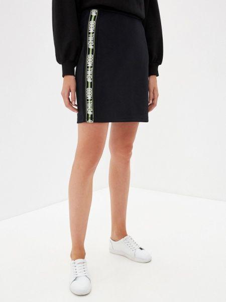 Облегающее платье черное весеннее Sela