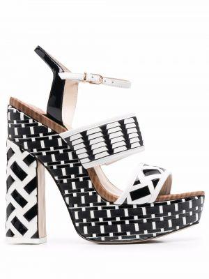 Белые кожаные сандалии Sophia Webster