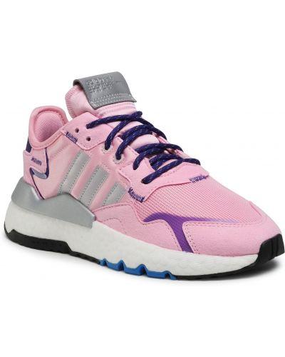 Różowe joggery Adidas