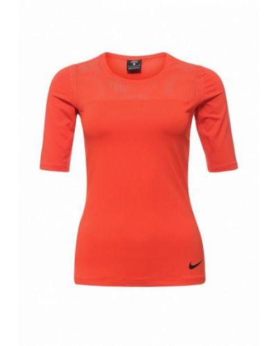 Красный спортивный лонгслив Nike