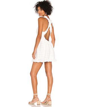 Платье с поясом на пуговицах на бретелях For Love & Lemons