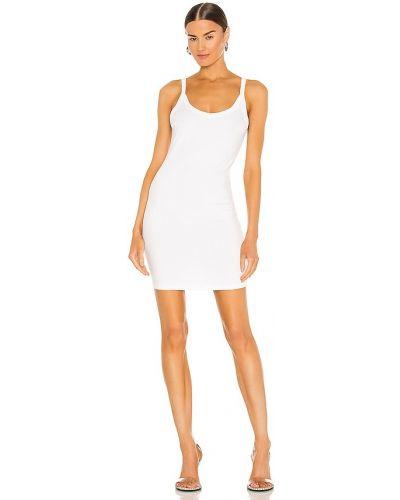 Трикотажное белое платье-рубашка для полных Lna