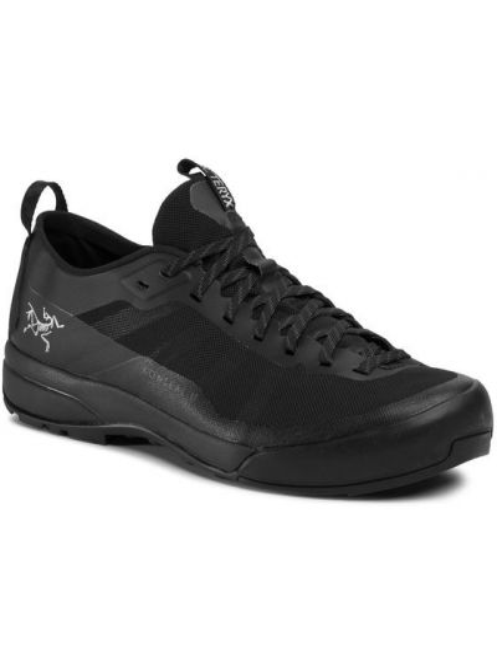 Czarne sneakersy Arcteryx