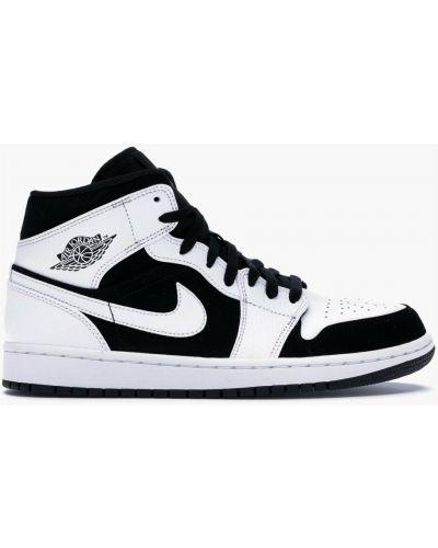 Smoking - czarny Nike