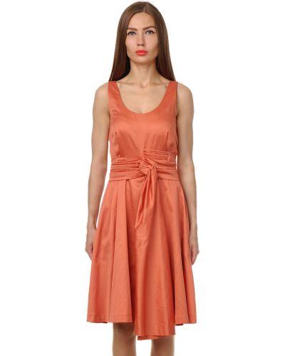 Платье весеннее красный Cacharel