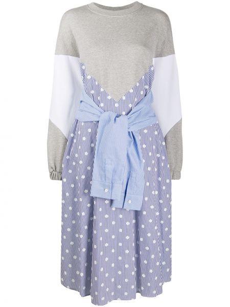 Расклешенное серое платье со вставками с вырезом Sjyp