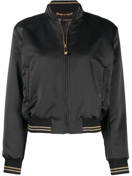Черная куртка на молнии с вышивкой Versace