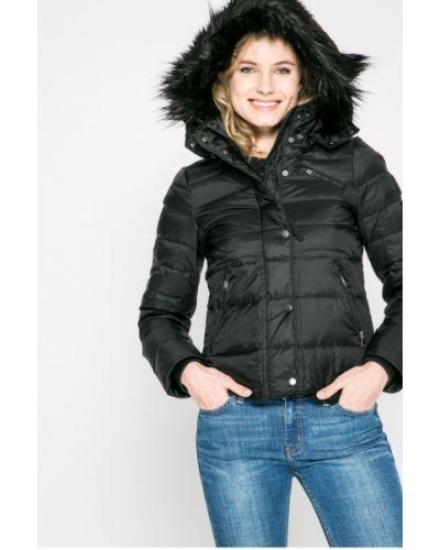 Стеганая куртка утепленная с капюшоном с мехом Vero Moda