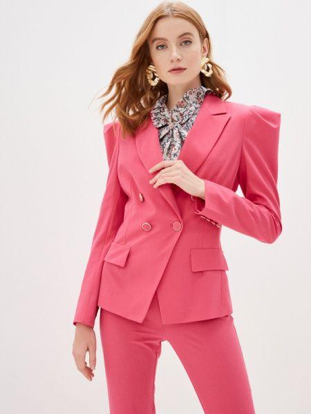 Розовый костюм Imperial