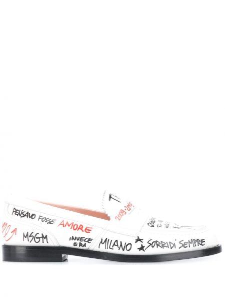 Białe loafers skorzane z printem Msgm